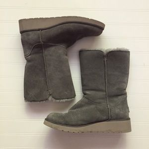 Koolaburra by UGG Shearling Suede Classic Boots